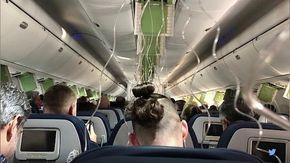 Guasto meccanico: l'aereo scende di 9 mila metri in otto minuti, poi l'atterraggio d'emergenza
