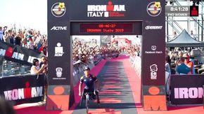 """Incredibile Alex Zanardi, nuovo record mondiale Ironman. """"Vivrò fino a 200 anni"""""""