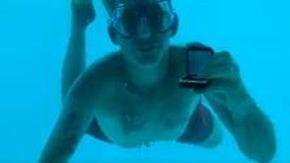 Organizza la proposta di matrimonio sott'acqua, ma annega mentre chiede alla ragazza di sposarlo