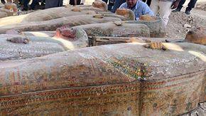 Scoperti 20 sarcofagi sigillati in Egitto, sono rimasti così come gli antichi egizi li hanno lasciati