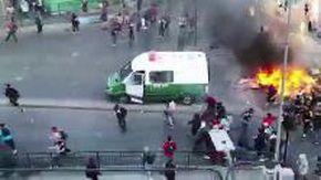 Proteste e disordini in Cile, governo dichiara stato di emergenza: «Sospese le libertà'»