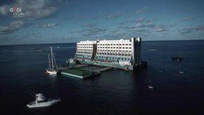 Dall'Australia alla Corea del Nord: l'incredibile storia del primo hotel galleggiante che Kim Jong-un vuole demolire