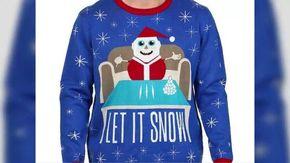 Babbo Natale con la cocaina: Walmart ritira i maglioni e si scusa. Ma la Colombia chiede i danni