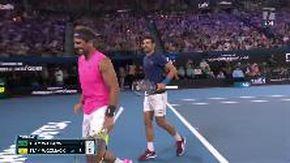 """Tennis, Djokovic scherza con Nadal: """"Tsitsipas e Zverev? Guarda come sono lenti"""""""