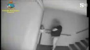 Quando il vigile assenteista di Sanremo timbrava il cartellino in mutande