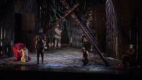 L'eterna ribelle Antigone da tutto esaurito al Teatro della Corte
