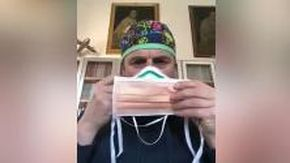 Coronavirus, mascherine 'altruiste', 'egoiste' e 'intelligenti': il tutorial del chirurgo Gasbarrini