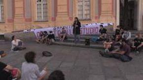 Universitari in piazza: «Abolizione della terza rata e stop alla dad»