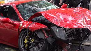 Distrugge 300 mila euro di Ferrari contro un bus, è mistero sul conducente