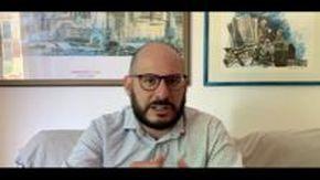 Comicità e lockdown, a Villa Imperiale il nuovo spettacolo di Andrea Carlini