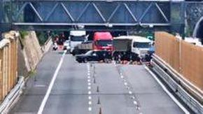 Auto contromano sulla A10 per andare verso Arenzano