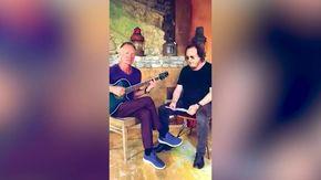 """Sting e Zucchero, il duetto sui social per la versione in italiano di """"Fields of Gold"""""""