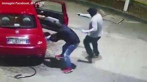 Armati di pistola rubano l'auto a tre donne che facevano benzina