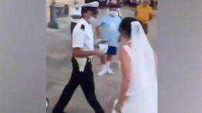 Vigile inflessibile a Lecce, multa coppia di sposi nel giorno del matrimonio