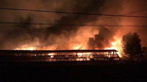 Sanremo, fiamme nella notte minacciano l'outlet The Mall