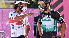 Il Giro arriva in Friuli ma perde Gaviria per Covid: il ciclista è di nuovo positivo