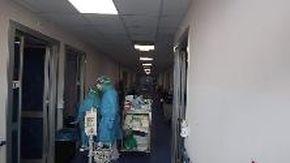 Il Covid Hospital dell'Oftalmico prende forma, in arrivo i primi pazienti per il secondo piano