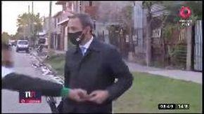 Argentina, il ladro non teme la telecamera: ruba lo smartphone al cronista in diretta tv
