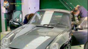 Dalle Lamborghini ai quadri di De Chirico, Guttuso e Sironi (e un busto di Mussolini): lo strabiliante tesoro del bancario infedele