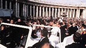 Quarant'anni fa l'attentato a papa Wojtyla