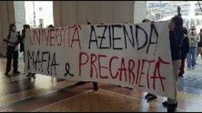 Protesta del collettivo degli studenti universitari a De Ferrari