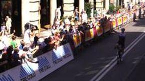 Giro dell'Appennino, grande festa per l'arrivo in via XX Settembre