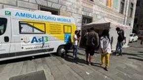 Genova, vaccinazioni per i senza fissa dimora nel camper di Asl 3