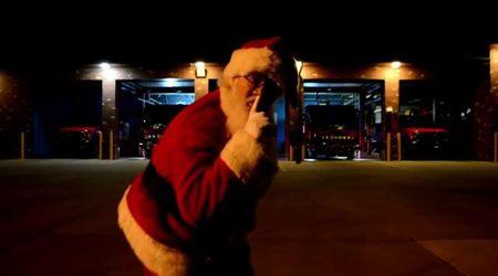 Natale, lo 'Schiaccianoci' tecno dei vigili del fuoco