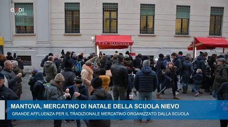 Mantova, il Mercatino di Natale della scuola Nievo