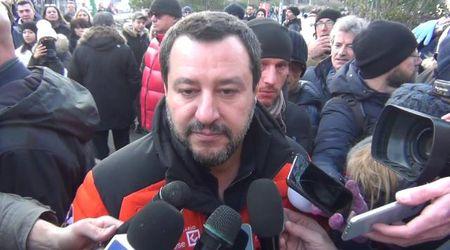 """Reddito di cittadinanza, Salvini sta con Di Maio: """"L'Italia mi piace tutta"""""""