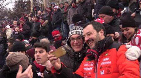 """Salvini alla festa della curva del Milan: """"Sono un indagato in mezzo ad indagati"""""""