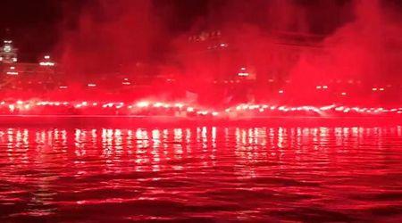 I cent'anni della Triestina: la Curva Furlan festeggia sul Molo Audace