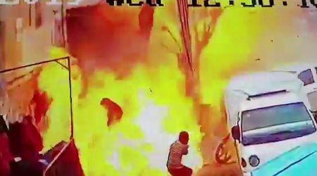 Siria, attentato dell'Isis a Manbij: il momento dell'esplosione