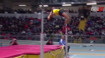 Atletica, il 'volo' di Gianmarco Tamberi: salta 2,32 agli Assoluti di Ancona