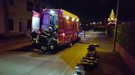 Prato, fiamme in un asilo nido: l'intervento dei vigili del fuoco
