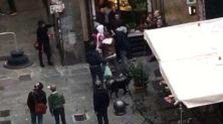 """""""Piazza delle Vigne, i pusher attaccano residenti e commercianti"""""""