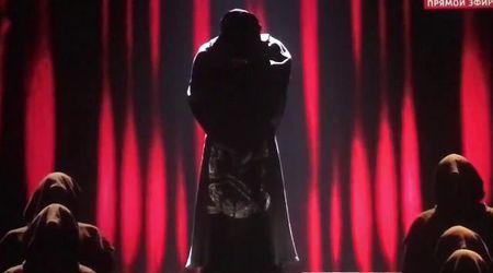 Eurovision, Madonna 'ritocca' l'esibizione di Like a Prayer: il video confronto