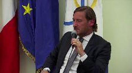 """Totti lascia la Roma: """"Era meglio morire che vivere un giorno così, ma mi hanno accantonato"""""""