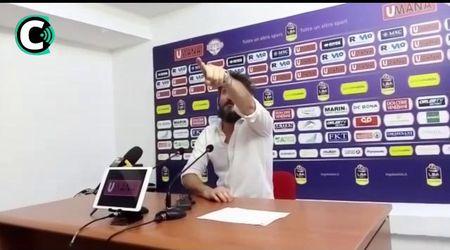 """Scudetto basket, lo sfogo di Pozzecco dopo il ko in gara-5: """"Io non piango, chi lo fa vada a fan..."""""""
