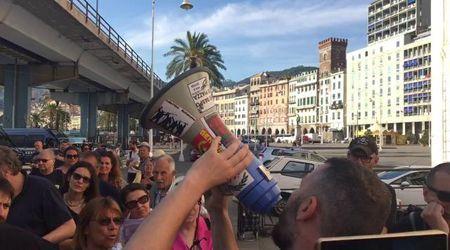 """La nave delle armi non verrà a Genova: """"Una battaglia vinta"""""""