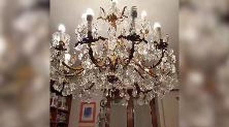 Roma, la scossa di terremoto fa oscillare il lampadario