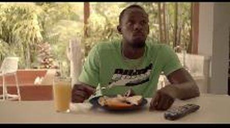 Bolt, 10 anni fa il record mondiale sui 100 metri: nel videotributo l'ex velocista resta impassibile