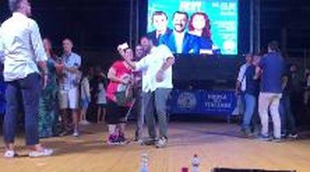 La playlist sul palco di Salvini sembra quella della Festa dell'Unità
