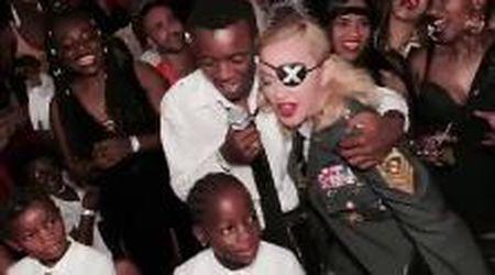 """""""Il miglior regalo di sempre"""": Madonna compie 61 anni e i figli la festeggiano con il karaoke"""