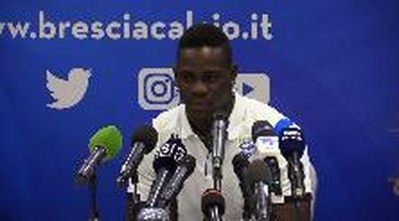 """Balotelli torna nella 'sua' Brescia: """"Quando l'ho detto a mia madre si è messa a piangere"""""""
