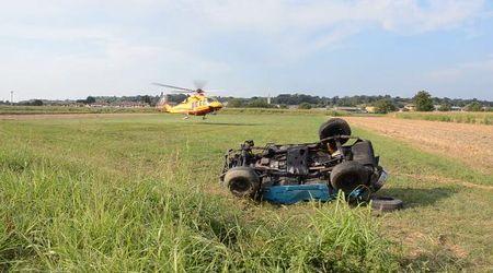 Miradolo, Jeep esce di strada: due feriti, uno è gravissimo