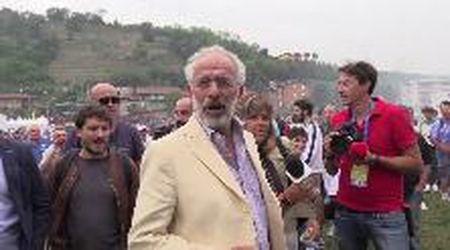 Pontida, arriva Gad Lerner: fischi, insulti e urla razziste dai militanti leghisti: ''Vai via, ebreo!''