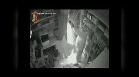 Ladri in farmacia, incastrati dalle tracce di sangue