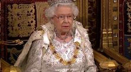"""Gb, la regina alla Camera dei Lord: """"La priorità del mio governo è uscire da Ue entro il 31 ottobre"""""""