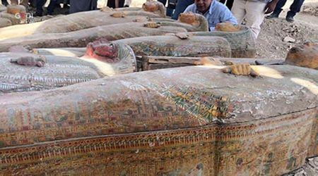 """Egitto, scoperti 20 sarcofaghi sigillati: """"Sono così come gli antichi egizi li hanno lasciati"""""""